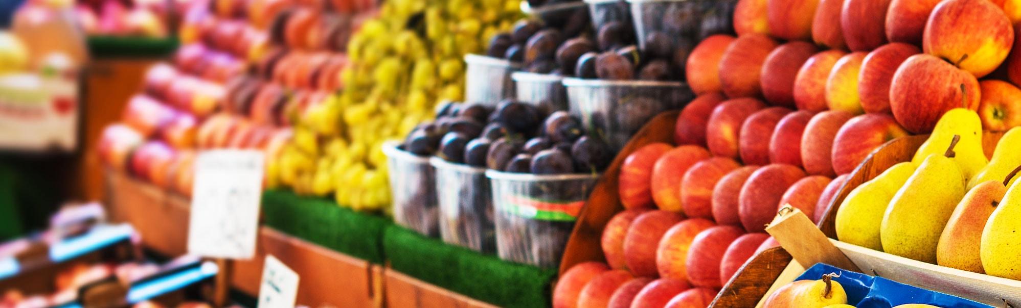 Heuch Solar Market. Fresh Food Processing.